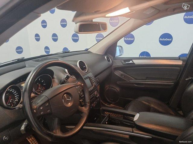 Mercedes-Benz ML 63 AMG 7