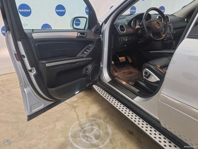 Mercedes-Benz ML 63 AMG 10
