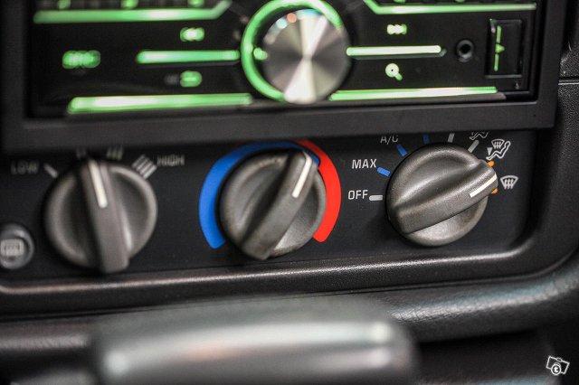 Pontiac Firebird 25