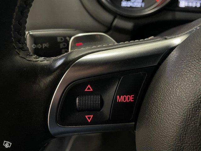 Audi TTS 15