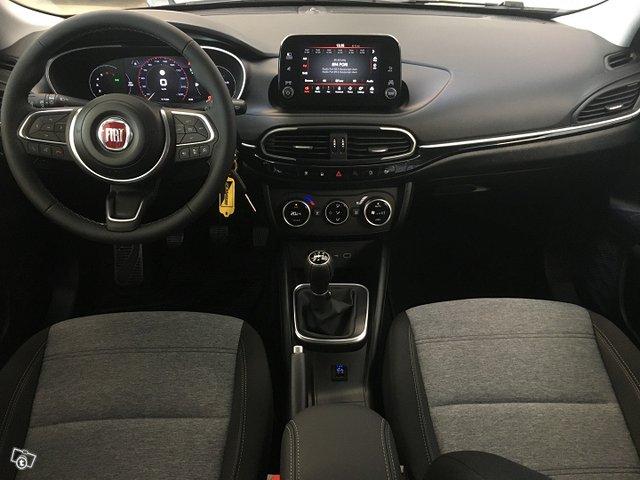 Fiat TIPO 8