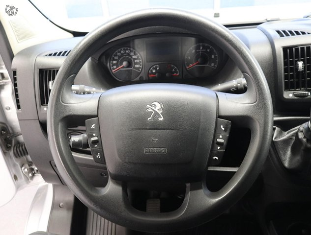 Peugeot Boxer 9