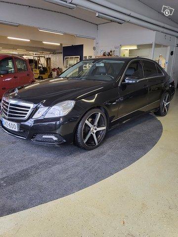 Mercedes-Benz E 200 CDI
