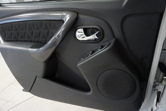 Dacia Duster 23