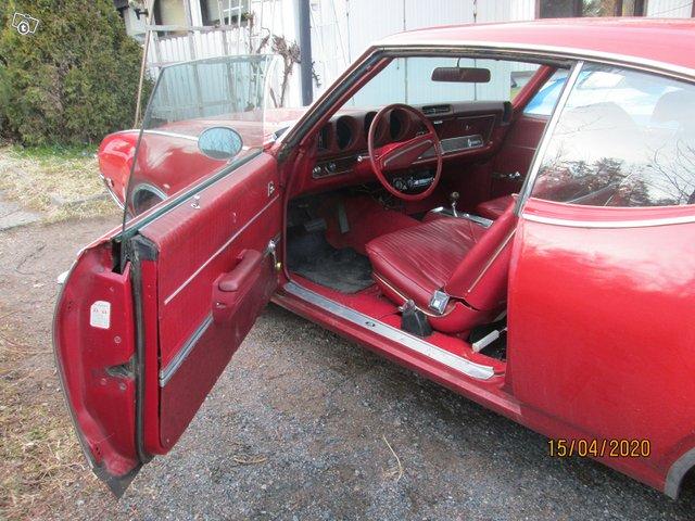 Oldsmobile Cutlass 5