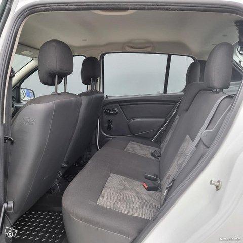 Dacia Sandero 17