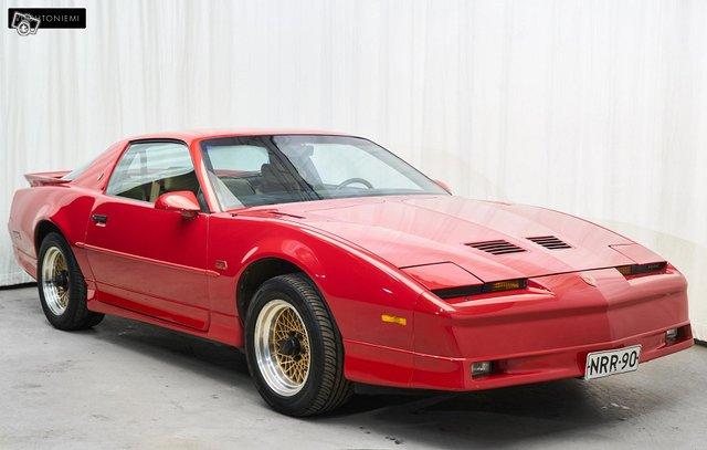Pontiac Firebird 1