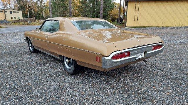 Pontiac Bonneville 9