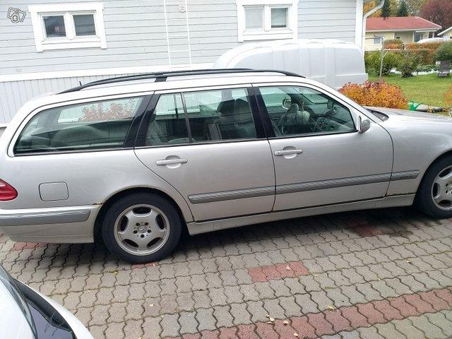 Mercedes-Benz 270, kuva 1