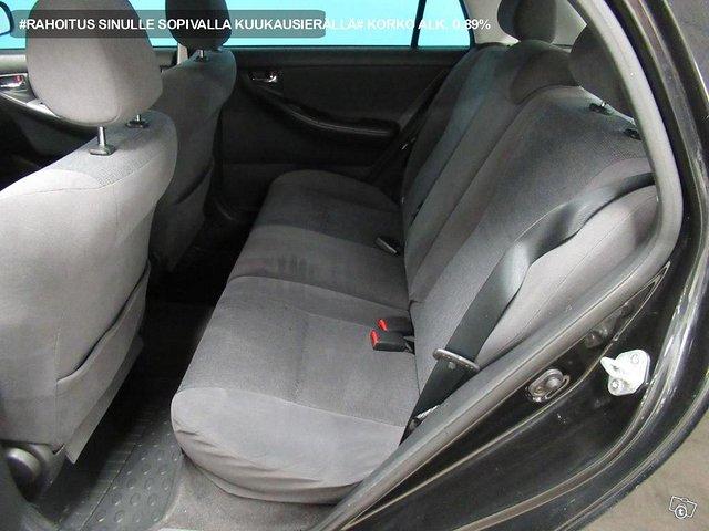 Toyota Corolla 6