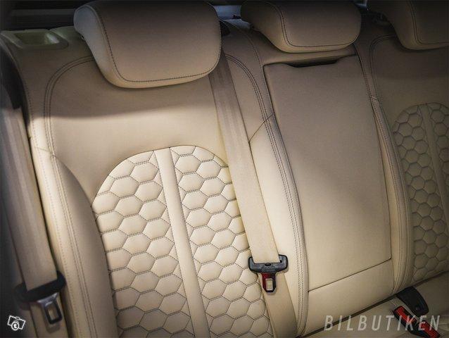 Audi RS6 9