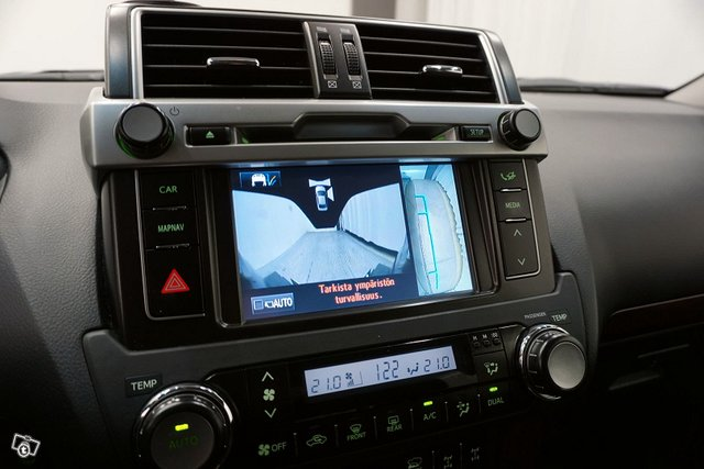 Toyota Land Cruiser 15
