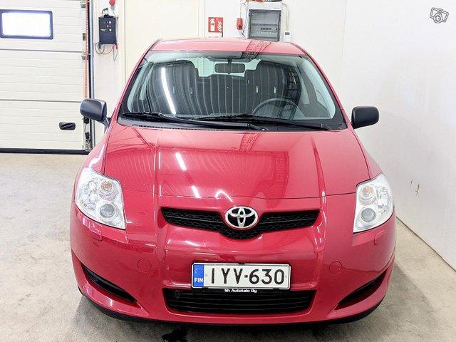 Toyota Auris 7