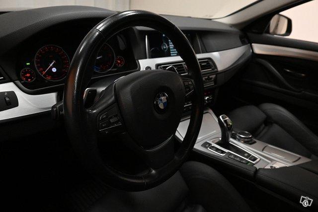 BMW 530 16