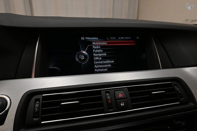 BMW 530 23