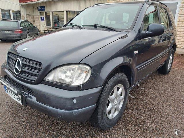Mercedes-Benz ML 270 CDI, kuva 1