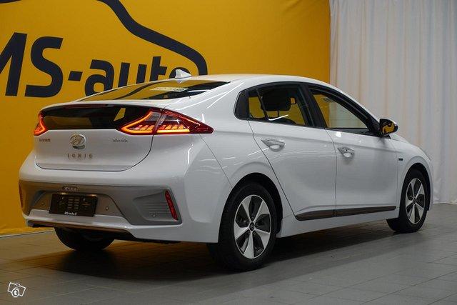 Hyundai Ioniq Electric 4