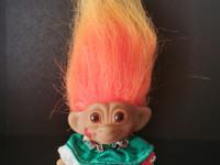 Vintage Uneeda Wishnik Troll lelu Clown Jester