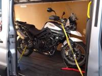 Moottoripyörän kuljetustelineen vuokraus Tampere
