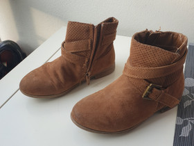 Tyttöjen nilkkurit koko 27, Lastenvaatteet ja kengät, Turku, Tori.fi