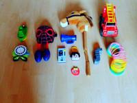 Lasten erilaisia leluja
