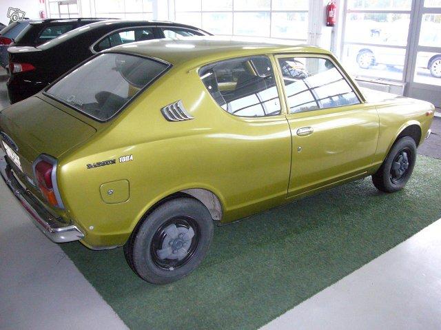 Datsun 100 A 1975 2