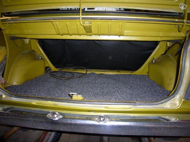 Datsun 100 A 1975 4