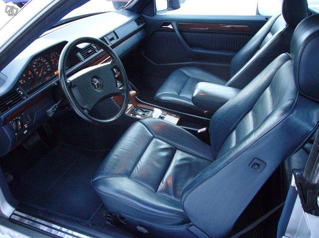 Mercedez-Benz 300 Coupe 5