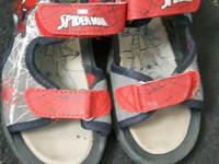 Spiderman-sandaalit koko 29