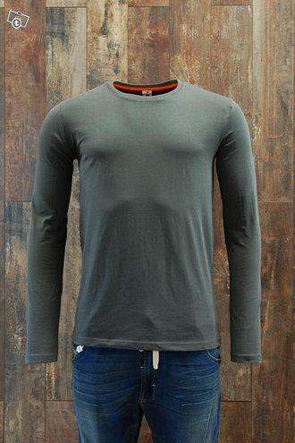 Miesten pitkähihainen t-paita