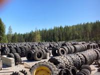 Käytetyt traktorin työkoneen peräkärryjen renkaat