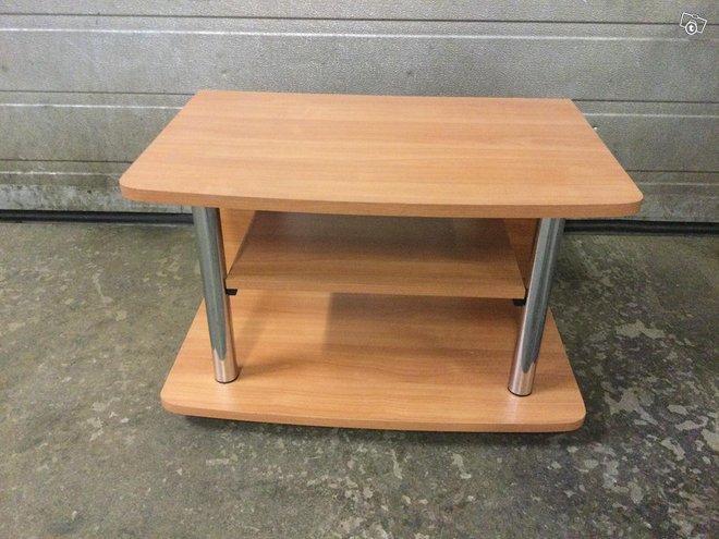 Tv-/ tai stereopöytä