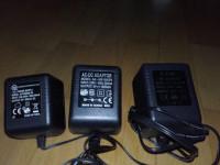 Virtalähteitä 9V DC, useita eri malleja