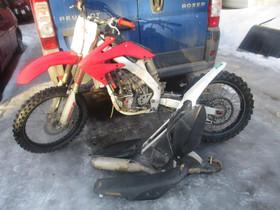 Honda CRF 250 2005 osia, Moottoripyörän varaosat ja tarvikkeet, Mototarvikkeet ja varaosat, Helsinki, Tori.fi