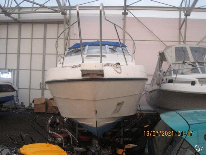 Falcon spce 23 hieno vene ilman moottoria 14500