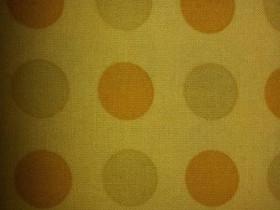 Keltainen polka dot kangas 110x600cm tilkkutyökang, Käsityöt, Vaasa, Tori.fi