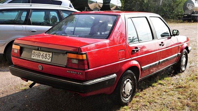 VW Jetta 4D CL-Diesel , vähän ajettu,siisti 3