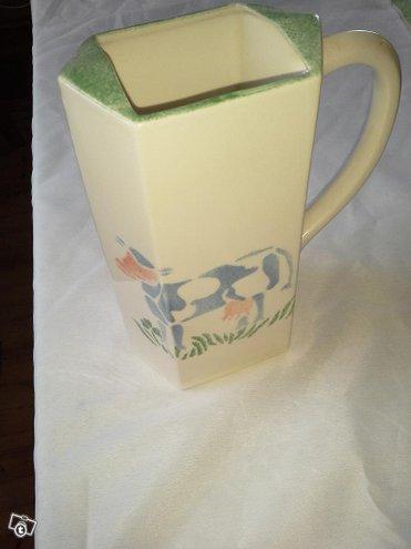 Lehmäkannu Pentik, maito tms. tölkille