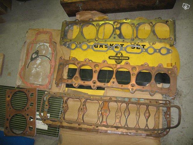 50 -luvun moottoreiden tiivisteitä