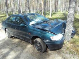 Toyota Carina E 1.6 keula kolaroitu, Autovaraosat, Auton varaosat ja tarvikkeet, Rautavaara, Tori.fi