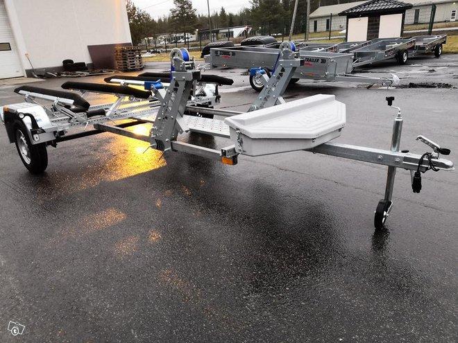 Tekno-Trailer Tupla jettitraileri