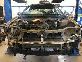 Nissan almera osia 1.8+1.5 2005vm, Autovaraosat, Auton varaosat ja tarvikkeet, Kaarina, Tori.fi