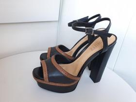 Mustat korkeakorkoiset sandaalit koko 36 (Schuch), Vaatteet ja kengät, Helsinki, Tori.fi