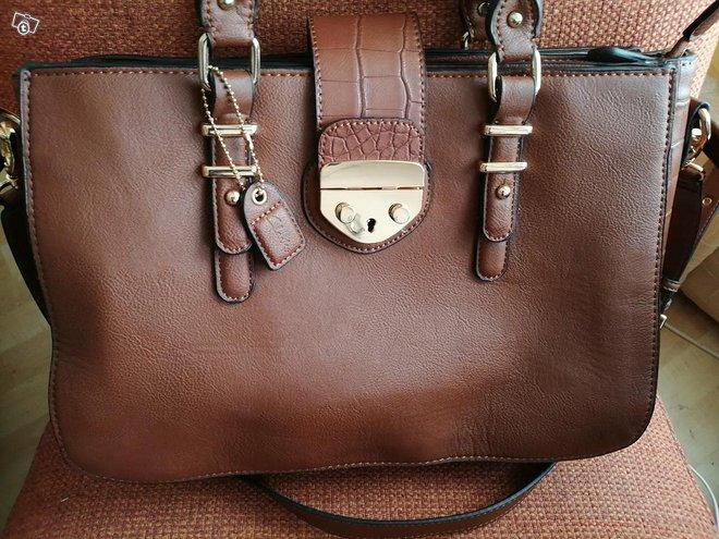 Clarks käsilaukku