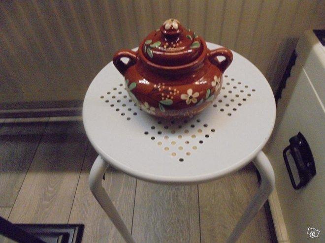 Keramikka purkki-rasia