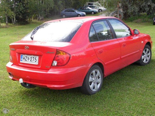 Hyundai Accent 1,6 2004 3