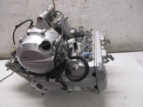 Yamaha FZ6 S 2004 osia, Moottoripyörän varaosat ja tarvikkeet, Mototarvikkeet ja varaosat, Helsinki, Tori.fi