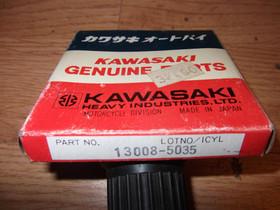 Kawasaki KZ1000 vm.1981-1983 männänrengassarja, Moottoripyörän varaosat ja tarvikkeet, Mototarvikkeet ja varaosat, Oulu, Tori.fi