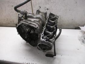 Kawasaki ZX9R 1997 osia, Moottoripyörän varaosat ja tarvikkeet, Mototarvikkeet ja varaosat, Helsinki, Tori.fi