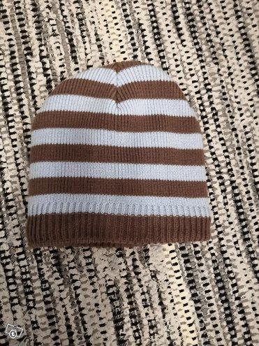 Lasten uusi hattu 52/54 raidallinen